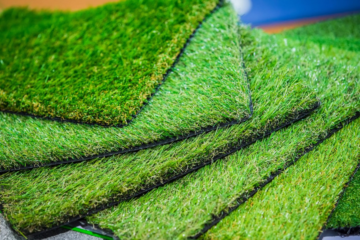 Turf Tips: From Lawn Maintenance To Low Maintenance Description